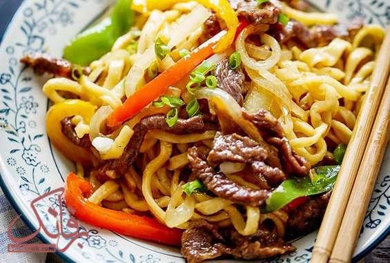 غذای چینی با گوشت چرخ کرده